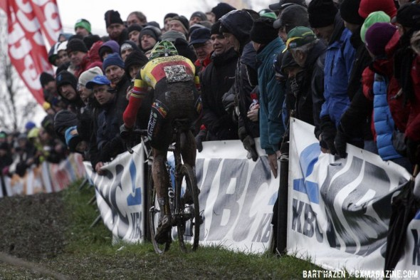 Sven Nys again proved the strongest in the difficult terrain   © Bart Hazen