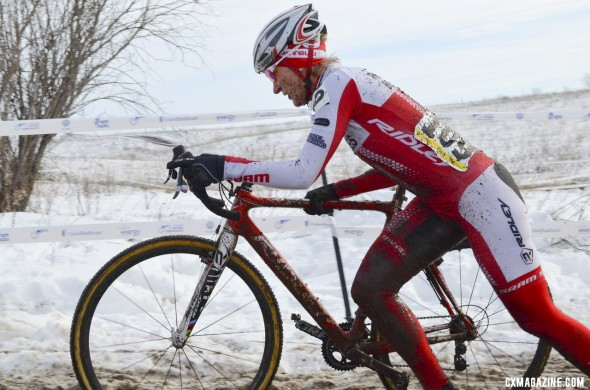 Sue Butler returns to Masters racing and takes another National Championship in the 40-44 group. ©Cyclocross Magazine