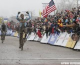 Sven Nys wins his second Elite World Championship over Klaas Vantornout in Louisville, KY. © Nathan Hofferber