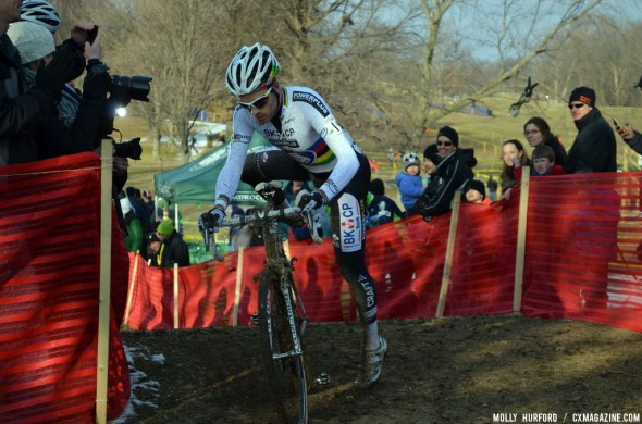 Niels Albert took an early lead and never looked back. © Cyclocross Magazine