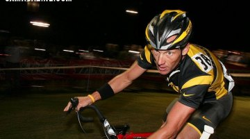 Lance Armstrong Racing Prior to Drug Confession and Oprah Winfrey Interview - CrossVegas 2009. ©Cyclocross Magazine