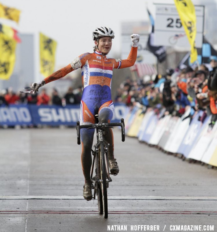 Marianne Vos won her sixth Cyclocross World Championship with a dominant ride in Louisville, KY. © Nathan Hofferber