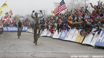 Sven Nys wins his second Elite World Championship over Klas Vantornout in Louisville, KY. © Nathan Hofferber