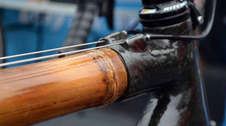 Bamboo and handwrapped carbon fiber make up the WebbWorks rigs. © Cyclocross Magazine