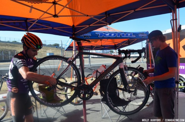 Paxson gets ready for the race by switching tires an hour before race start. © Cyclocross Magazine
