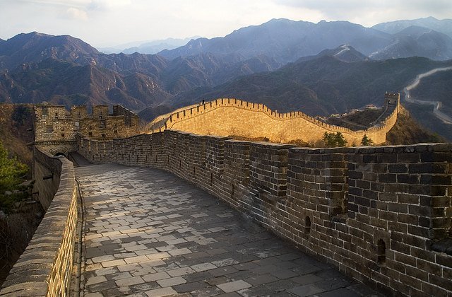 The biggest cx barrier ever? The Great Wall in Badaling, Yanqing, China. © Vin Crosbie on flickr