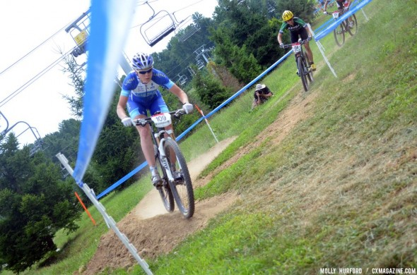 Georgia Gould running the short track race before falling short in a sprint for second as Davison took the win. © Cyclocross Magazine