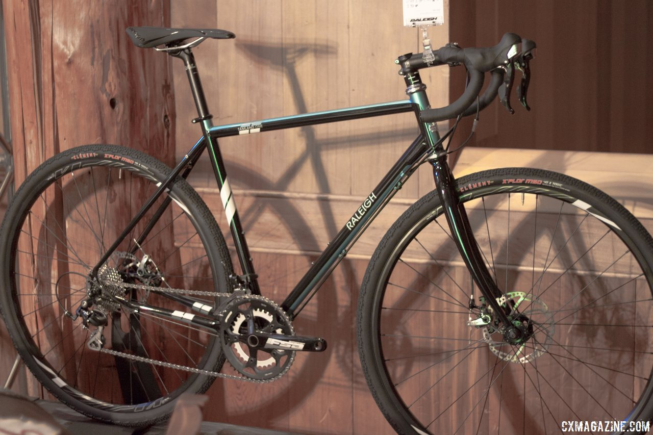 raleigh tamland 1 gravel bike with disc brakes cyclocross magazine