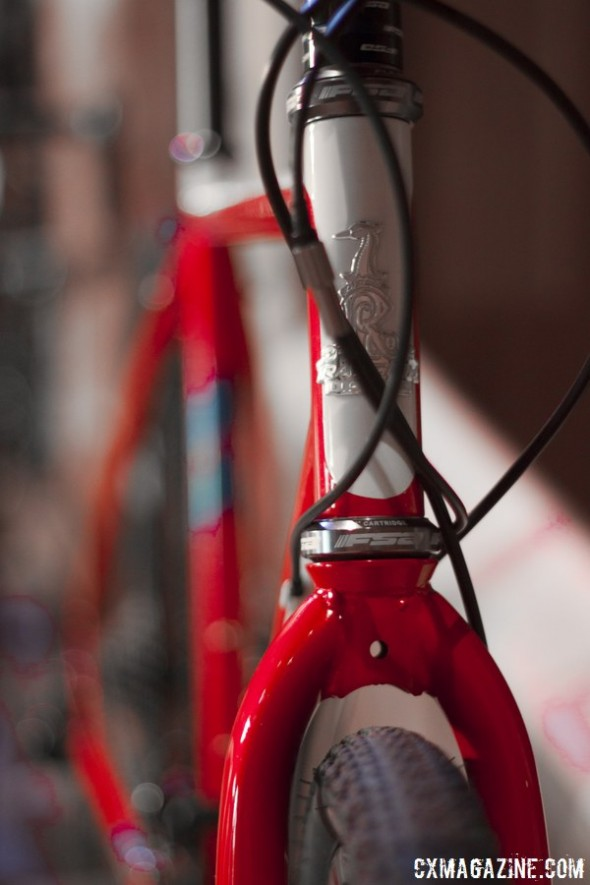 A steel fork on the Raleigh Tamland 2 gravel bike offers sufficient clearance for 40c tires. © Cyclocross Magazine
