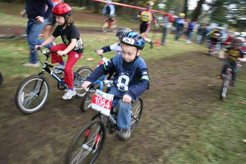 Kids have plenty of opportunities to race and get dirty at a cyclocross race. © Cyclocross Magazine