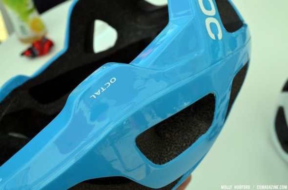 At 190 grams for the small size, the helmet is one of the lightest on the market. © Cyclocross Magazine