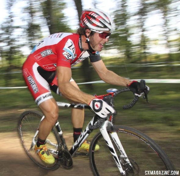Jake Wells was the fourth American, racing tubeless to finishin 15th. © Cyclocross Magazine
