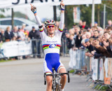 No doubts about the outcome as Vos takes the win. © Thomas van Bracht
