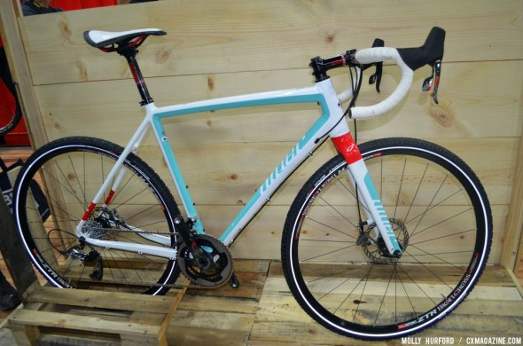 Niner introduces a new gravel bike. © Cyclocross Magazine