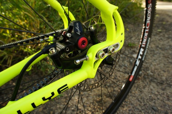 TRP disc brakes for singlespeed stopping.