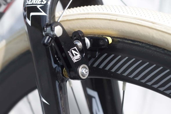 4ZA Cirrus Pro CX brakes on Van Tichelt's X-Night. © Cyclocross MAgazine