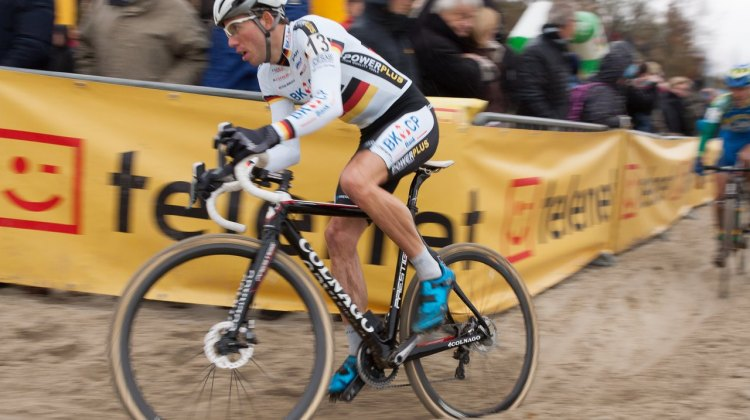Philip Walsleben riding disc brakes in Gieten, Netherlands - © Thomas van Bracht / Cyclocross Magazine