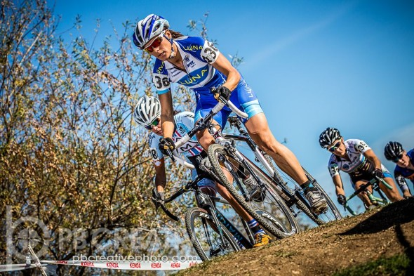Nash in the lead at Sunday's LACX race. © Phil Beckman/PB Creative