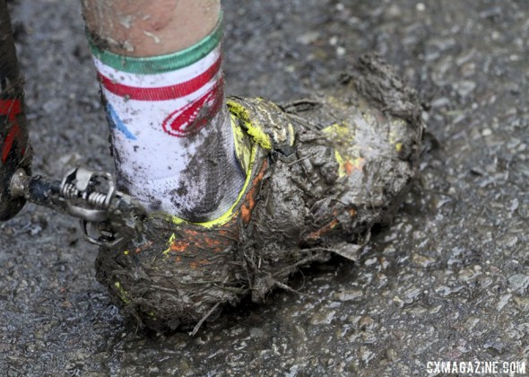 Not too hard to see how a shoe can break in these conditions. © Cyclocross Magazine