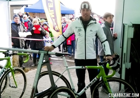 Sven Nys posing with his new Boone, at his own race in Baal. © Cyclocross Magazine