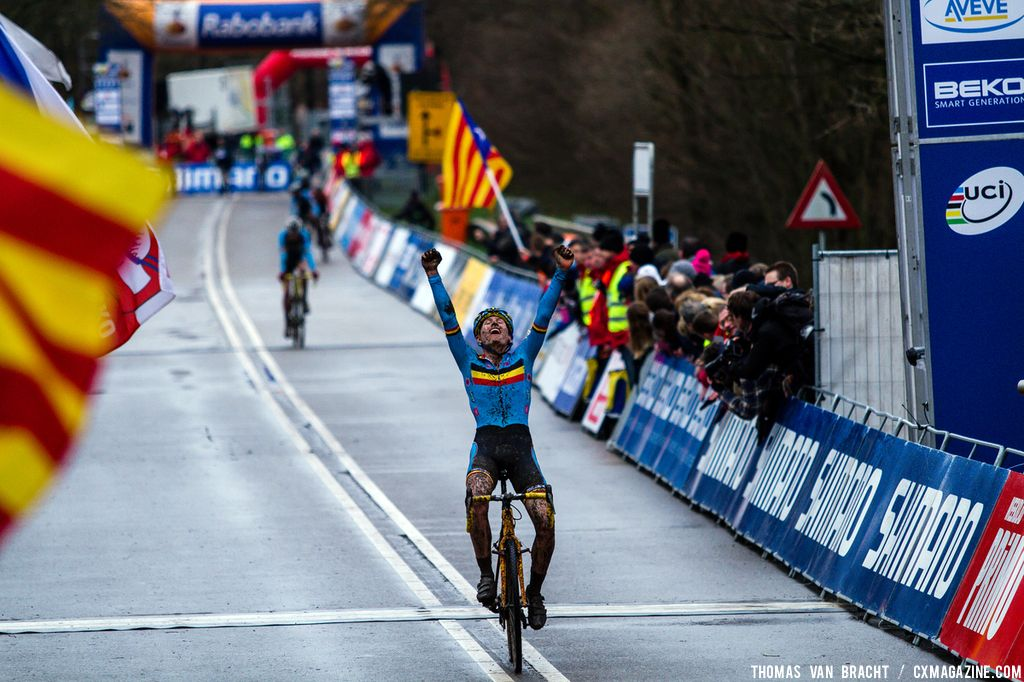 Thijs Aerts wins Junior UCI Cyclocross World Championships. © Thomas Van Bracht