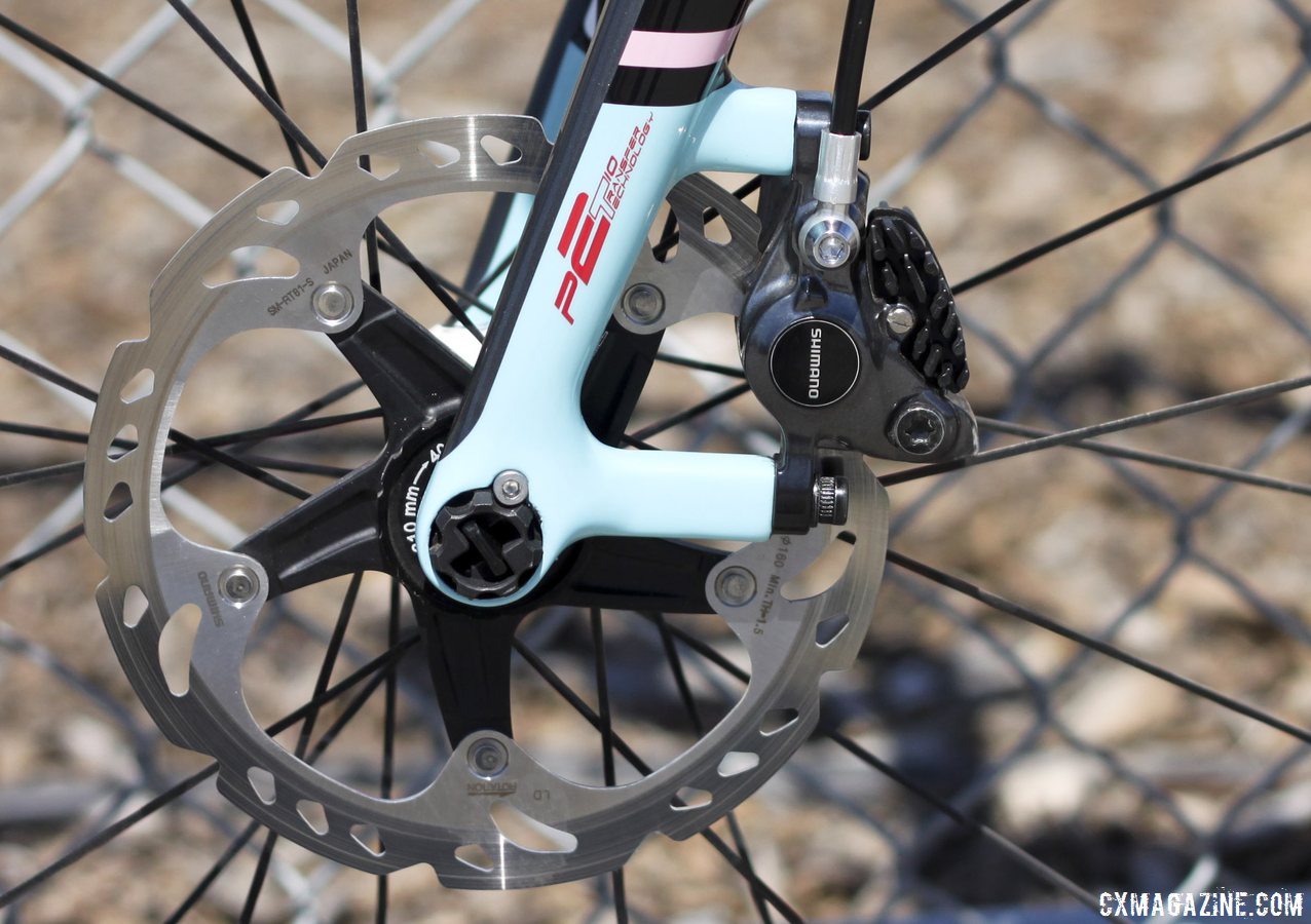 160mm-rotors-slowed-down-by-r785-hydraulic-brakes