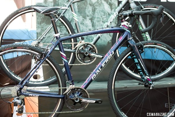 Raleigh's RXW 1.0 Women's model features a mix of SRAM Apex, Rival and Force. © Cyclocross Magazine