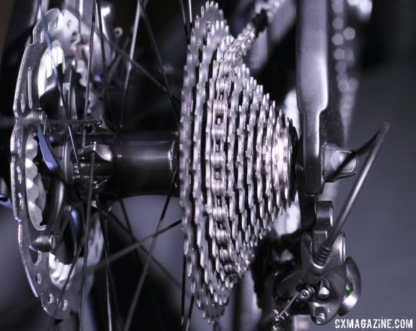 XTR has just one 11-speed cassette, a 11-40t version that uses alloy, steel, titanium and carbon.