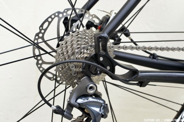 2An 11-28 Ultegra 6800 cassette with all steel cogs gave an appropriate 'cross gear spread. © Clifford Lee