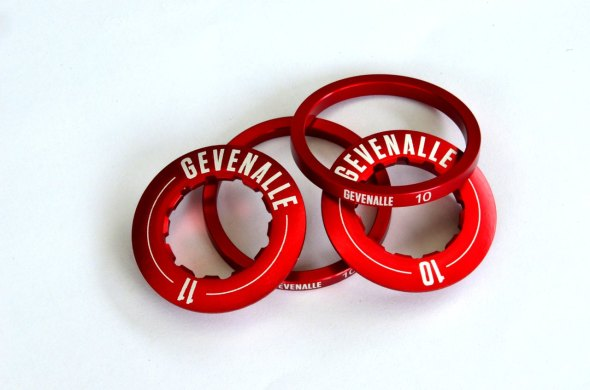 Gevenalle has 10 or 11-speed width spacers, and labeled lockrings.