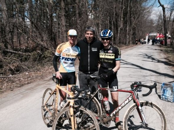 Us with Alex, the soigneur. © Christine Vardaros