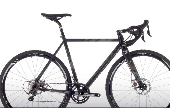 The race ready X-Ride, shown here with a full compliment of Ultegra 11-speed components and Avid BB7 disc brakes