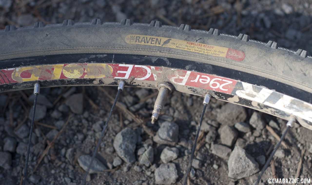 lightweight-discontinued-notubes-ztr-race-gold-rim-brake-rims