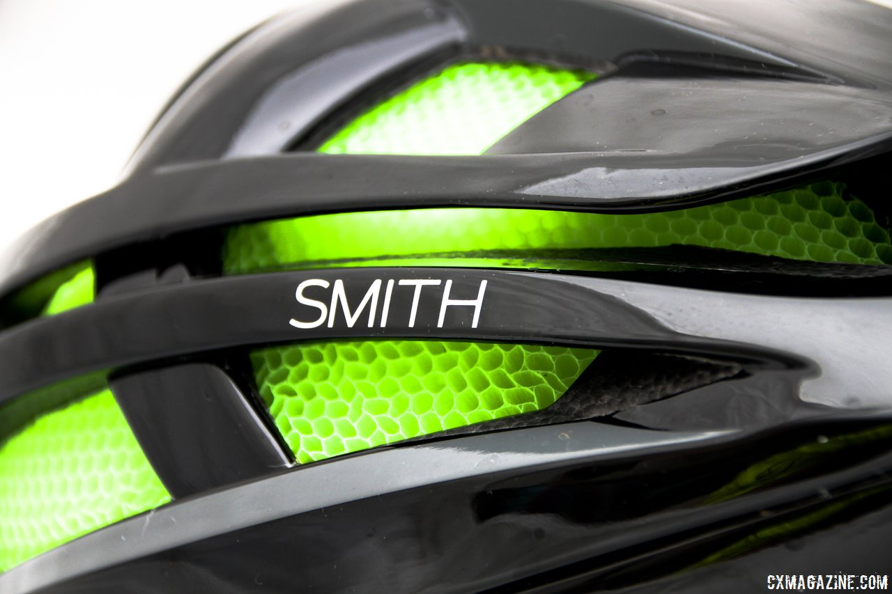 smiths-new-overtake-road-helmet-with-its-unique-koroyd-liner