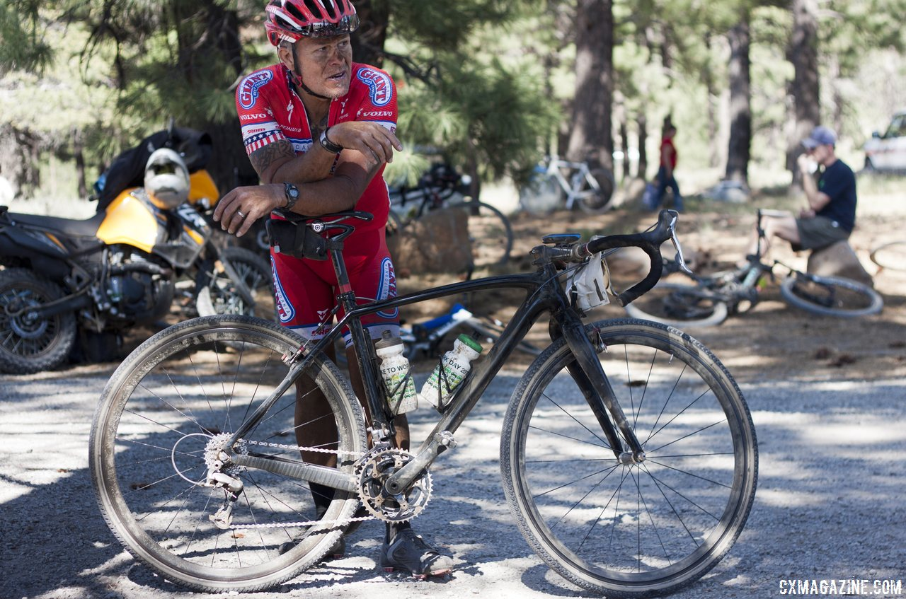 lots-of-proto-an-old-prototype-crux-frame-and-prototype-trigger-38c-folding-gravel-cx-tires