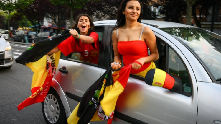 No winter clothes here Belgians celebrate a summer victory World Cup. © koinsky on flickr
