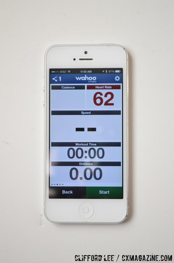 The Wahoo Fitness RFLKT data on the smartphone.