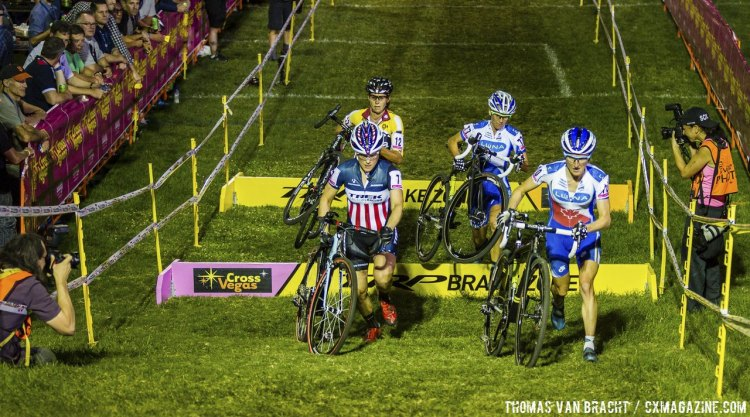 The leading four women (Compton, Pendrel, Miller, Nash) before Pendrel crashed in a turn. 2014 CrossVegas © Thomas van Bracht / Peloton Photos