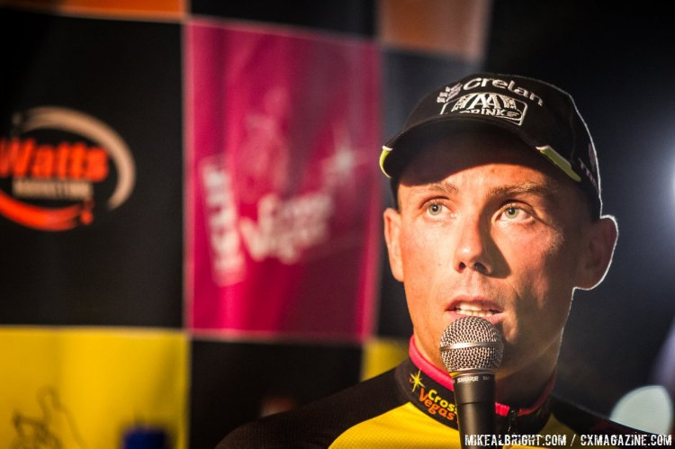 Sven Nys recalls the key moment of the race at the press conference. © Mike Albright
