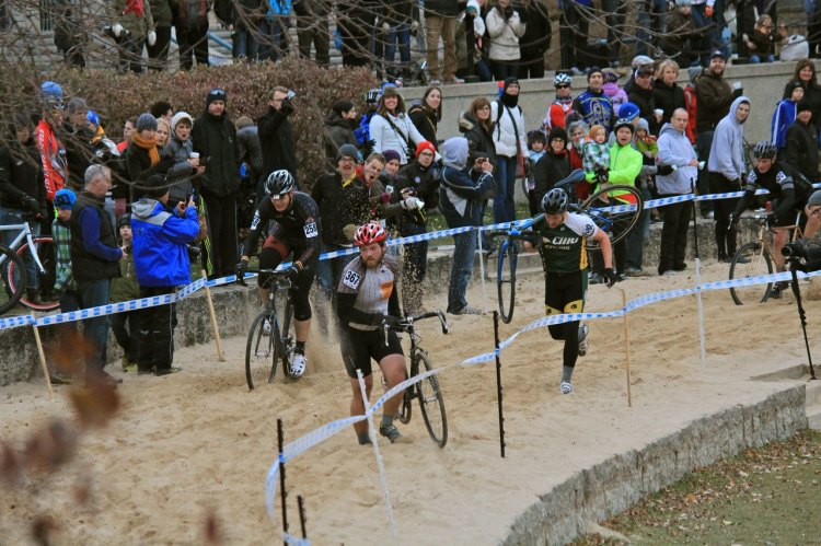 Riders tackle the sand pit at the 2013 Manitoba Provincial Cyclocross Championships at The Forks. © Timothy Dueck