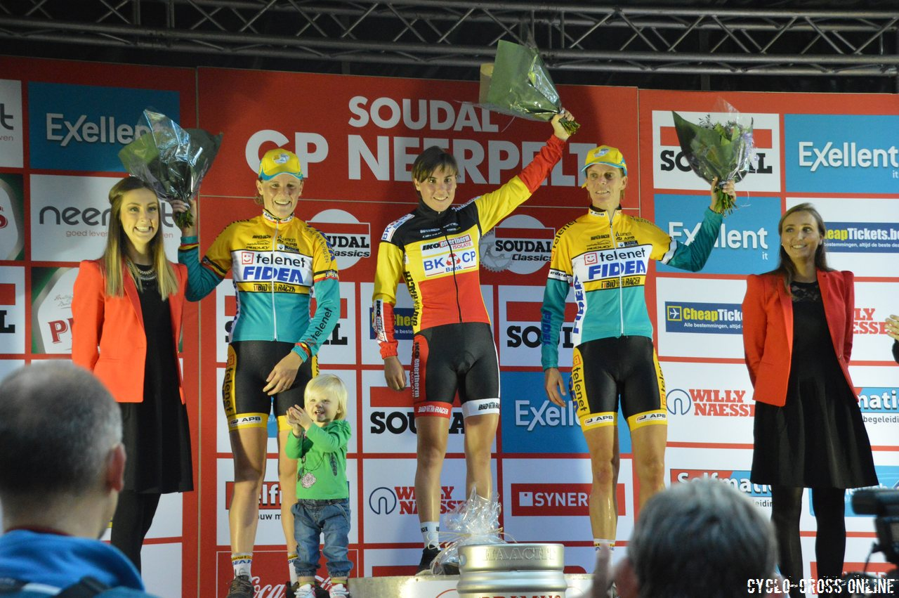 Sanne cant and sven nys stand atop the podiums at gp soudal neerpelt