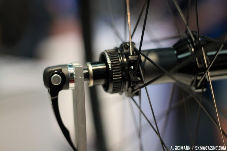 Reynolds has made the switch to a Centerlock disc interface system, moving away from the six bolt sytem due to weight and transportation concerns. © Cyclocross Magazine