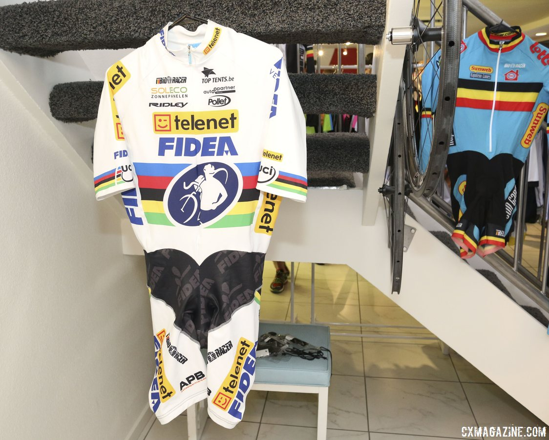 bioracer-was-in-vegas-showing-off-their-diverse-selection-of-garments-the-company-makes-the-belgian-national-teams-skinsuits-and-stybars-past-world-championship-jersey-cyclocross-magazine