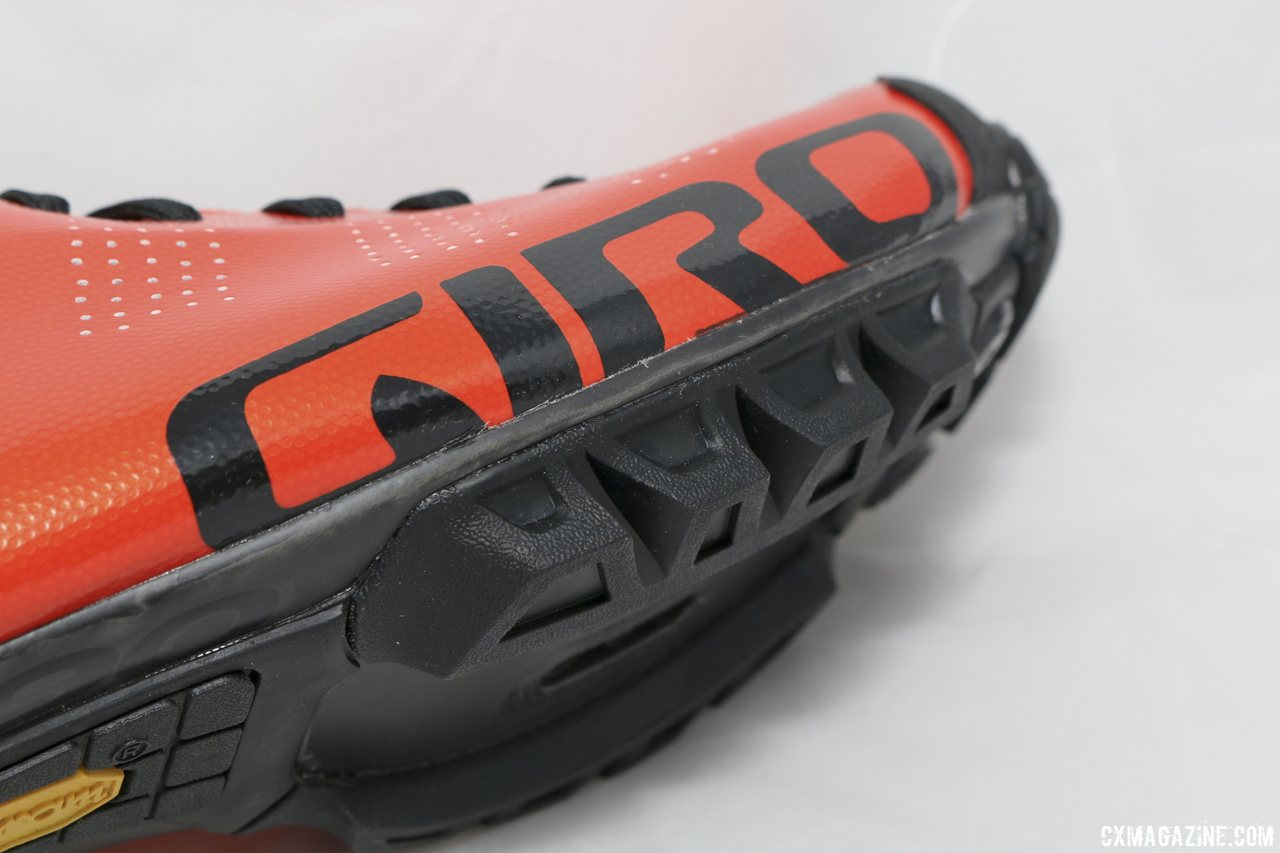 large-lugs-should-provide-good-grip-when-slippery-2015-giro-empire-vr90-off-road-cycling-shoe-cyclocross-magazine