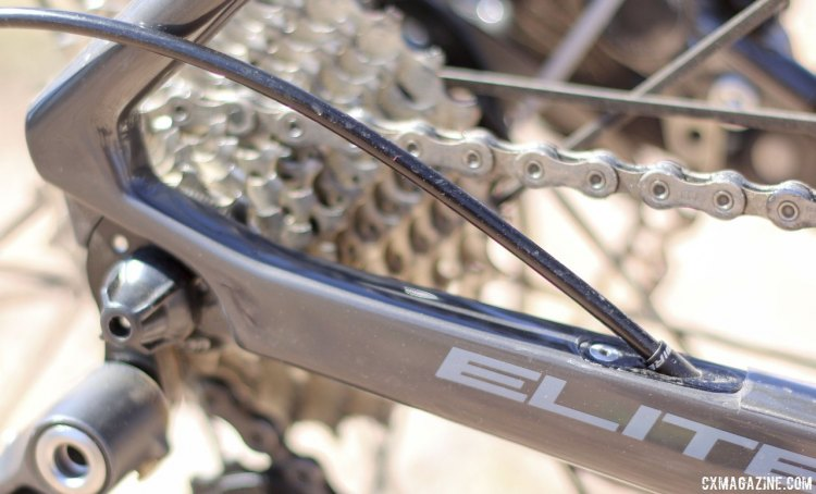 Internal cabling and sharp frame angles on the Jamis Renegade gravel/adventure bike. © Cyclocross Magazine
