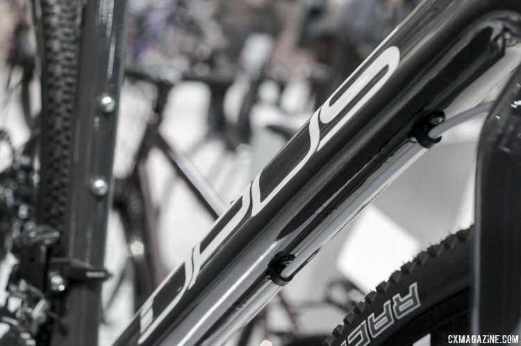 The brake lines run below the down tube, which might not be ideal for courses with a lot of shouldering. © Cyclocross Magazine