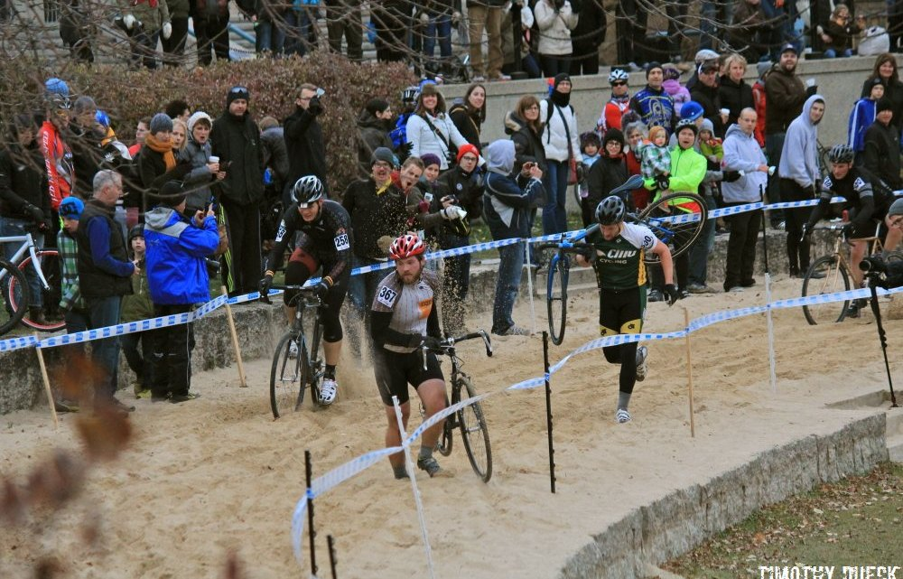 The Shimano Canadian Cyclocross Championship course in The Forks features 46 metres of deep sand.© Timothy Dueck