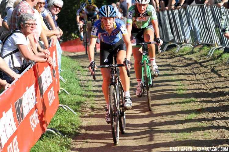 Wyman led with De Boer and Cant for most of the Women's Elite Race. © Bart Hazen