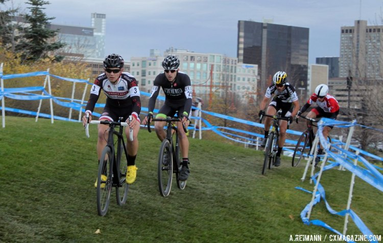 Durrin and Van den Ham lead for much of the first half of the race while Kabush made a late surge. © Andrew Reimann