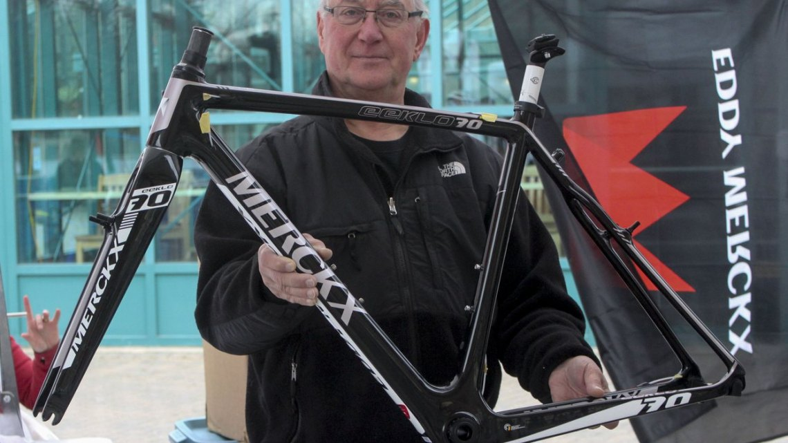The Merckx Eeklo70 frame in the careful hands of Daniel Richter's father. © Andrew Reimann